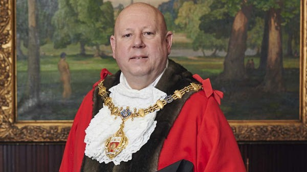 Mayor of RBKC names Glass Door as Charity of the Year